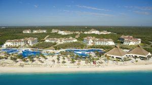 Vista Hotel Bluebay Gran Esmeralda